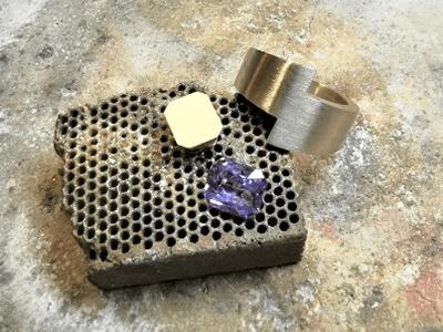 instants-magique-fabrication-bijouterie-horlogerie-carat-delles-chaudfontaine